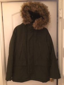 Gap Men's Primaloft Parka Coat with Faux Fur Trim