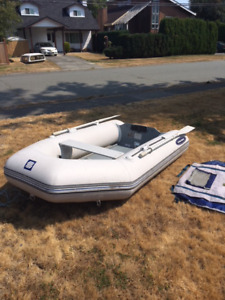 Zodiac 9 foot sport inflatable