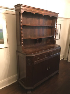 Dining Room Hutch/Sideboard - Country Style