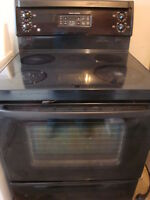 GE flat top black stove,with self clean oven in working conditio Ottawa Ottawa / Gatineau Area Preview