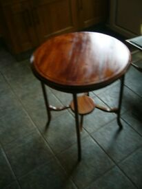 Antique circular table with inlaid beading