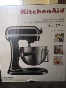 Selling Once Used Black Kitchenaid Stand Mixer