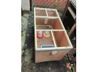 Brooder box poultry