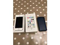 Apple iPhone 5s - 16GB – White - Vodaphone) Smartphone