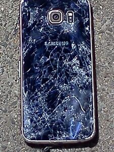 Samsung Galaxy 4 Smashed up/for parts Inglewood Stirling Area Preview