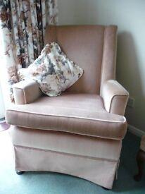Raiser Chair