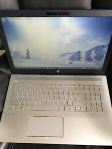 Almost NEW HP Laptop, Touch screen