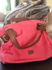 New Pink Beach Bag/Purse, many pockets and compartments!!