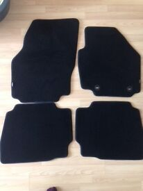 Ford Mondeo hatch back floor mats