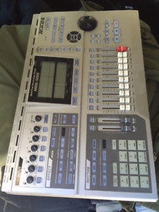 Zoom MRS-1266 recording console