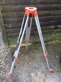 surveyors tripod for sale