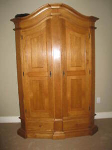 Oak European Shrank (Wardrobe)