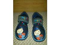 Boys M&S New Slippers Size 12 Mike the Knight