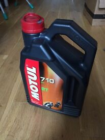 Motul 710 100% synthetic 2 stroke oil 2 Litre