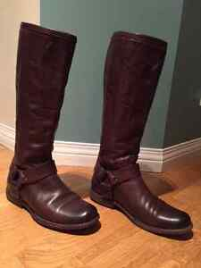 Frye Harness Phillip Tall size 6.5