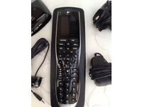 LOGITECH HARMONY 900 REMOTE CONTROL & CHARGING DOCK & ACCESSORIES