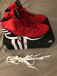 BNIB Men's Adizero Rose 2.5 shoes size 9