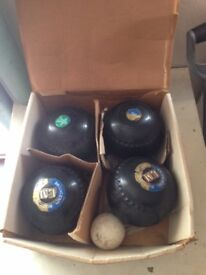 Lawn Green Lignoid Bowls and Jack