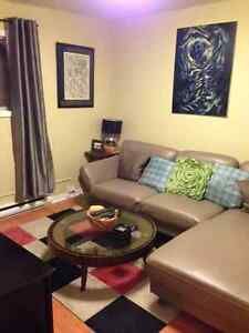 Downtown off street parking 1 bedroom + den or second bedroom