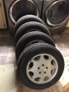 Like new HANKOOK 205/65R15 WINTER TIRES and wheels