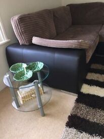 Fashionable side table