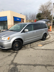 2014 Town And Country Fully Loaded