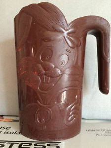 Jug container
