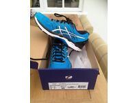 Asics GT 2000 (5) men's running shoes, size 9, worn once