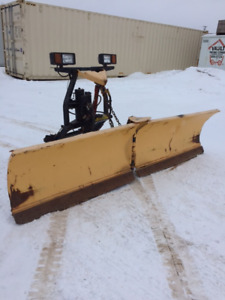FISHER easy V plow 9 1/2 feet wide