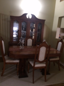 Dining Table Set and Hutch