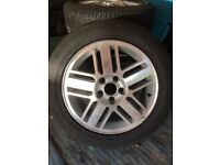 Ford Focus Alloy Wheels with Good Tyres