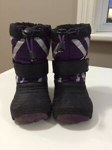 OshKosh Winter Boots - Toddler Size 5/6 Peterborough Peterborough Area image 2