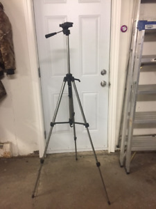 Giottos Professional Camera/Video Tripod