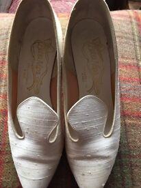 Ivory silk size 5 wedding shoes