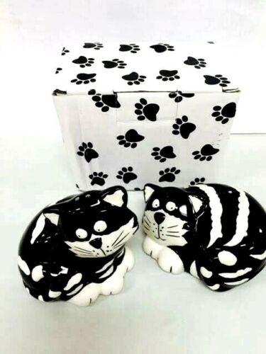 Chester the Cat Kitten Salt & Pepper Shakers Set Ceramic Burton Gift Boxed NEW