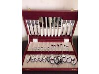 1940S VINTAGE CUTLERY SET: CUTLERY LIKE NEW