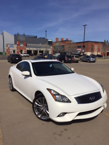 2011 INFINITI G37XS AWD SPORT COUPE - IMMACULATE CONDITION