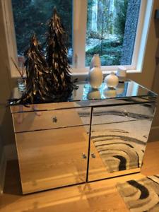 Contemporary Mirror Cabinet