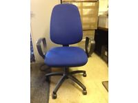 Office chairs. Quantity 2 to sell