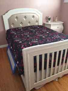 Princess Bed Set.  Great Condition Kitchener / Waterloo Kitchener Area image 1