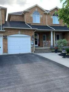 Freehold Townhouse in Vaughan for Sale