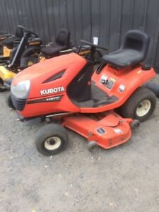 Kubota T1870 - Lawn tractor - only $2295.00