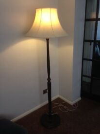 ANTIQUE WOODEN LAMP STAND
