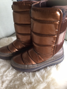 FITFLOP WINTER BOOTS-COPPER COLOUR +RED LEATHER WALLET + DRESS