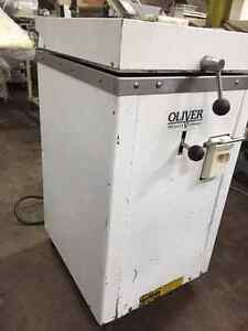 Oliver Bread Divider Model 619-24 *90 Day Warranty