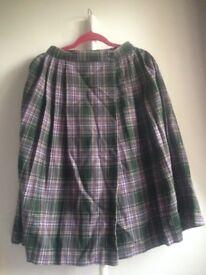 High-waisted wrap tartan plaid skirt (100% wool)