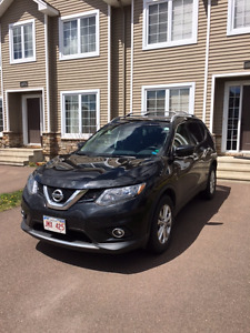 2016 Nissan Rogue SV SUV AWD Lease Takeover LOW KMS