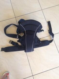 Baby front or back baby carrier Robina Gold Coast South Preview