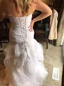 Brand new beautiful size 12 wedding gown Kitchener / Waterloo Kitchener Area image 2
