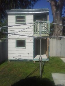 Cubby2storey.on stirrups.hiab access.u remove $750ono  Seville Grove Armadale Area Preview